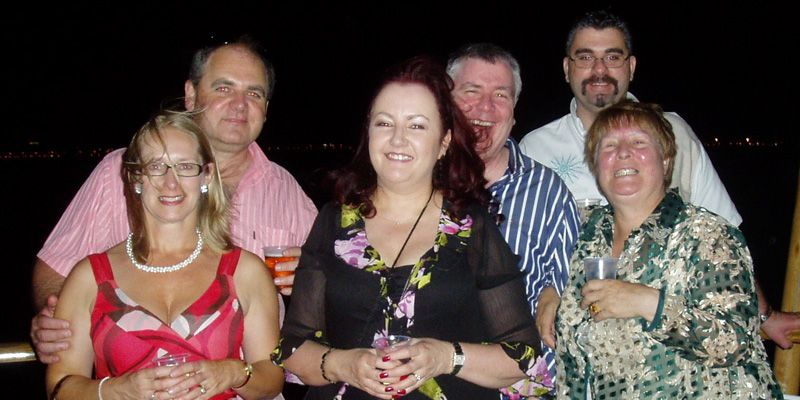 valentines day boat cruises melbourne