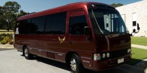 Dreamscape Tours - Winery Tours 12 Seat Limo Bus 001