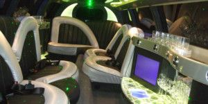 Dreamscape Tours - Winery Tours 12 Seat Limo 2 002