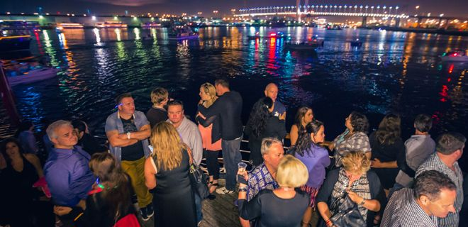 christmas party cruises melbourne